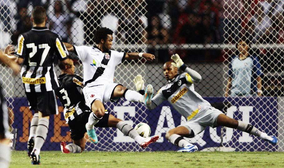Botafogo-Vasco-Foto-Cleber-Mendes_LANIMA20121018_0171_1