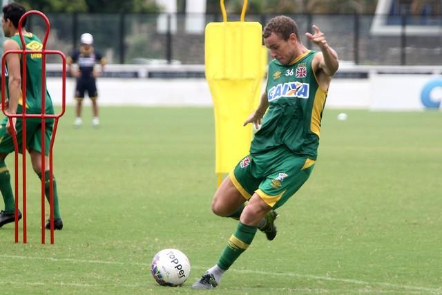 Mattos é mantido no time (Foto: Paulo Fernandes |Vasco.com.br)